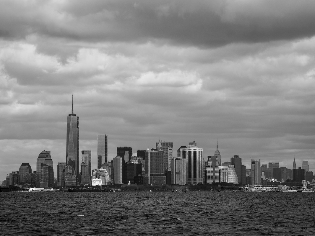 Manhatten on a Cloudy Day - Digital(Realistic) - Rick Riddle