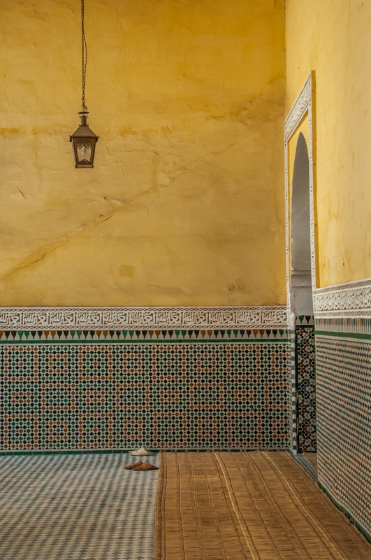 Signs of Life at the Sultan's Tomb in Meknes, Morocco - Digital (Phototravel) - Cindy Carlsson