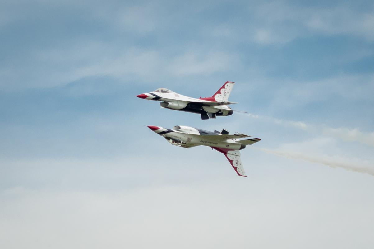 Thunderbirds Over Duluth - Digital (Photojournalism) - Steve Simmer