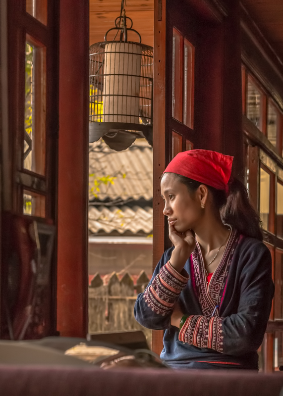 Waiting in Sapa Vietnam - Digital (Phototravel) - Cindy Carlsson